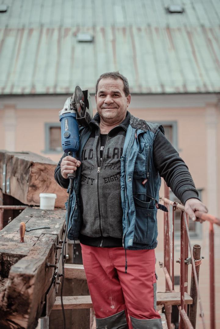 Tibor, údržbár